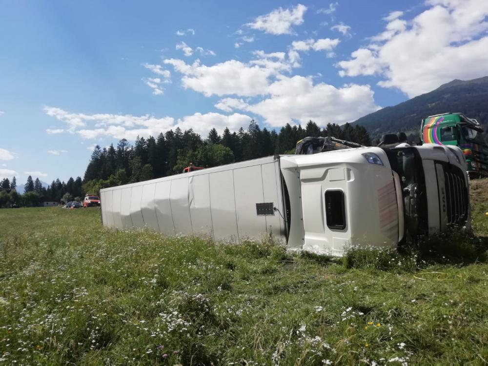 Verkehrsunfall Höhe St. Atanas